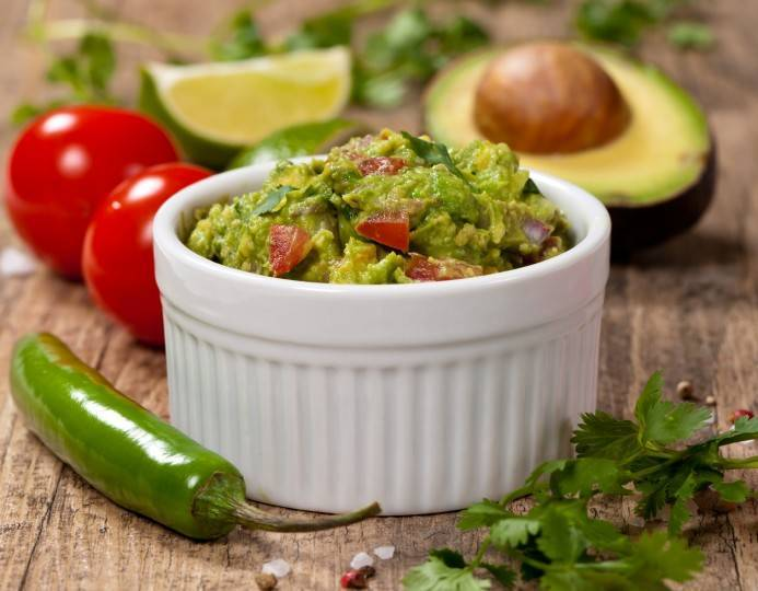 How to Make Healthy Gaucomole