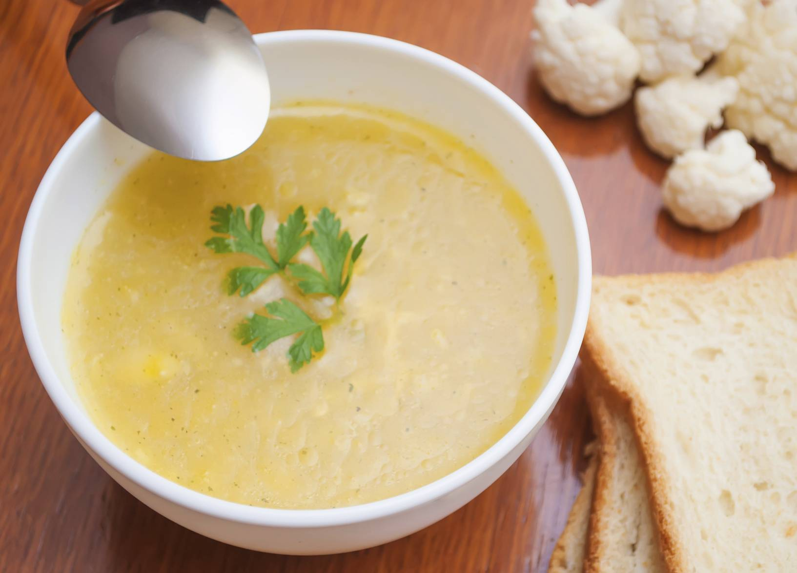 Roasted Cauliflower Soup