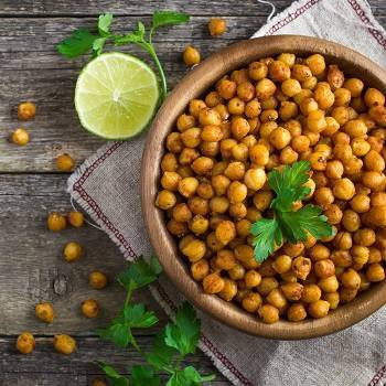 Roasted  spicy chickpeas